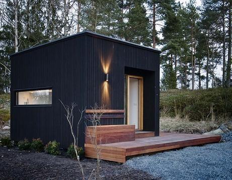 Petite maison de jardin en bois architecture pinterest for Petite maison de jardin en bois