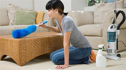 Chemicals in Cookware, Carpets May Raise Arthritis Risk in Women
