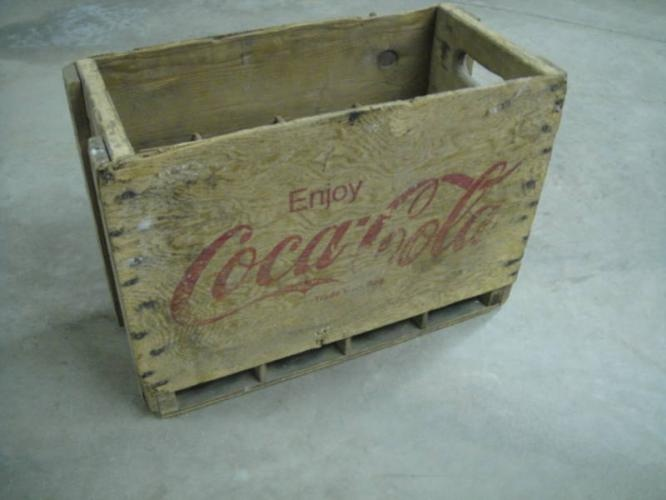 Coca cola wood crate wedding decor ideas pinterest for Wooden soda crate ideas