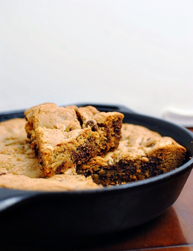 Skillet-Baked Chocolate Chip Cookie | Desserts | Pinterest