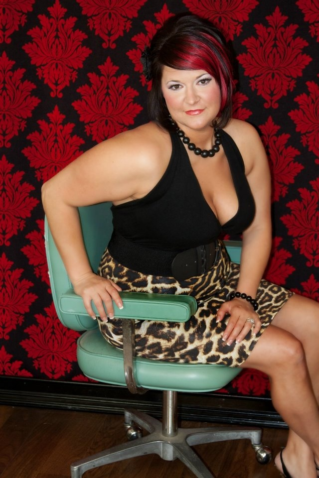 Pin Up Photography | Would love to do a plus size pin up photo sessio ...: pinterest.com/pin/150378075030935629
