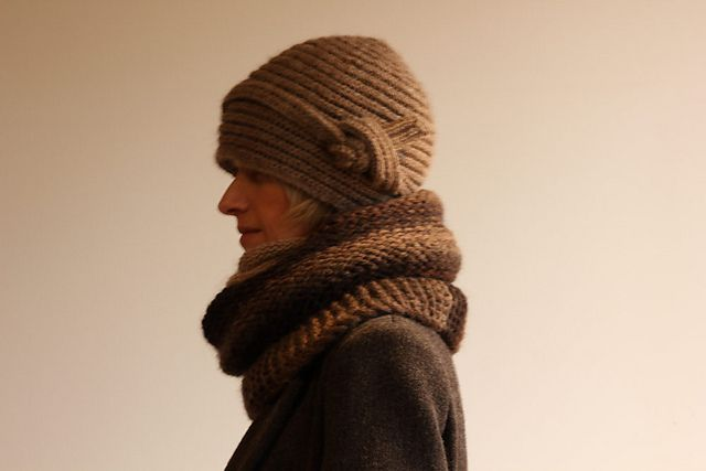 Knitting Pattern For Cloche Hat : Pin by Andrelina Montt on knitting Pinterest