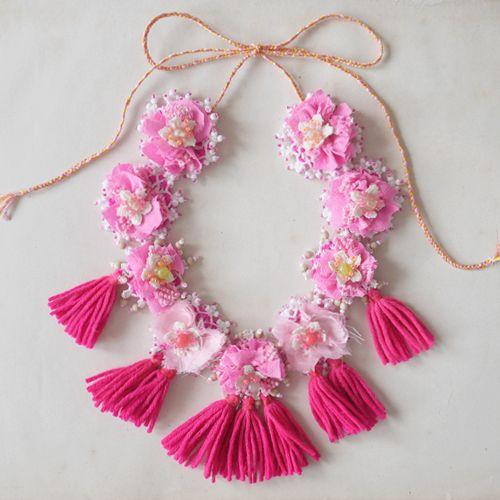 new pink pompoms