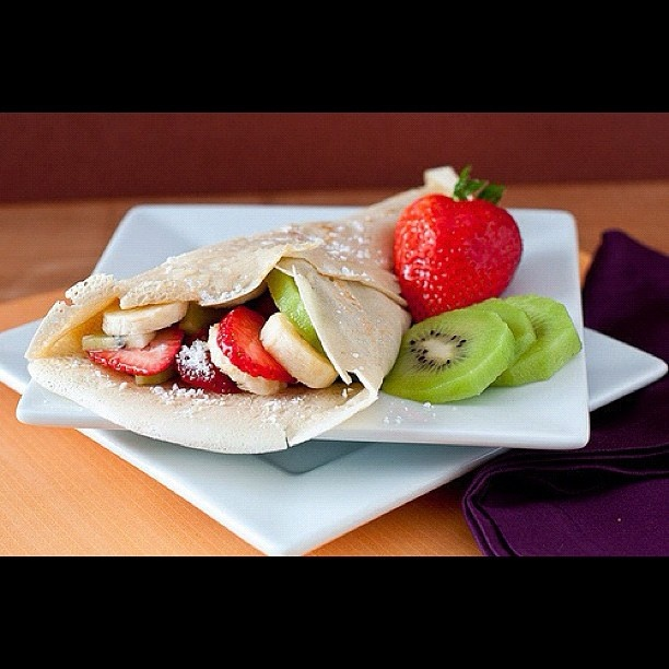Strawberry, Kiwi & Banana Crepe | yumm | Pinterest