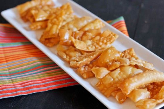 Crab Rangoon Dip with Homemade Won Ton Chips | Recipe