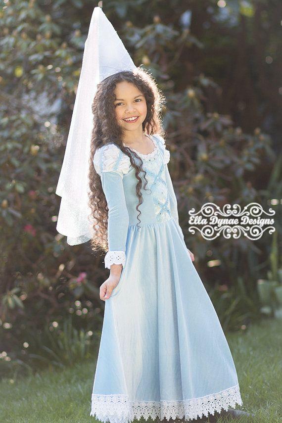 maid marian medieval princess hat and veil by elladynae on