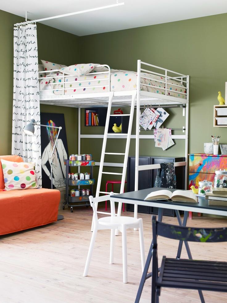 ikea sterreich inspiration schlafzimmer bunt punkte hochbett troms kommode tarva. Black Bedroom Furniture Sets. Home Design Ideas