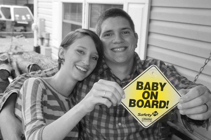 Our pregnancy reveal / baby announcement :)