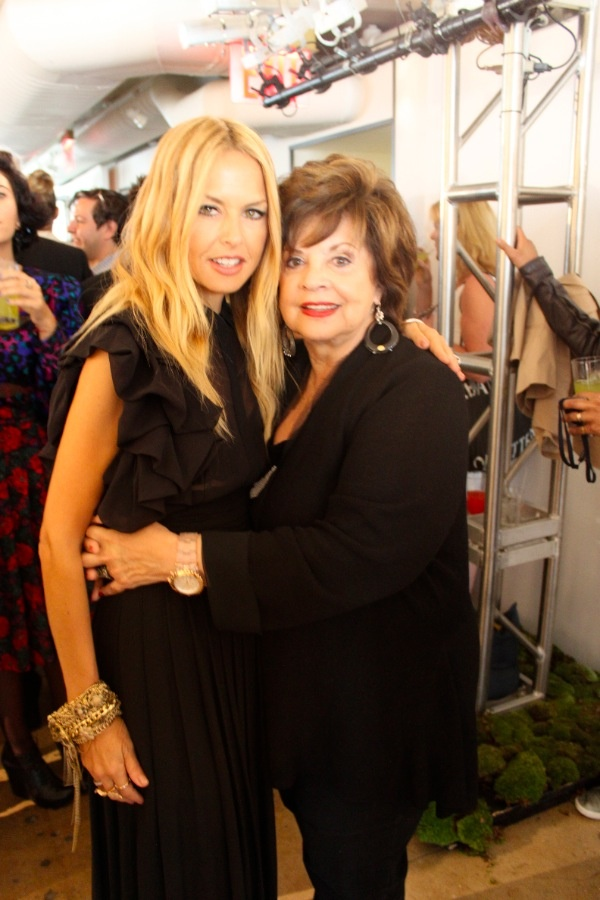 My icon - Rachel Zoe. Here she is with her mother at this year's Fashion Week presentation. My writer took this pic.