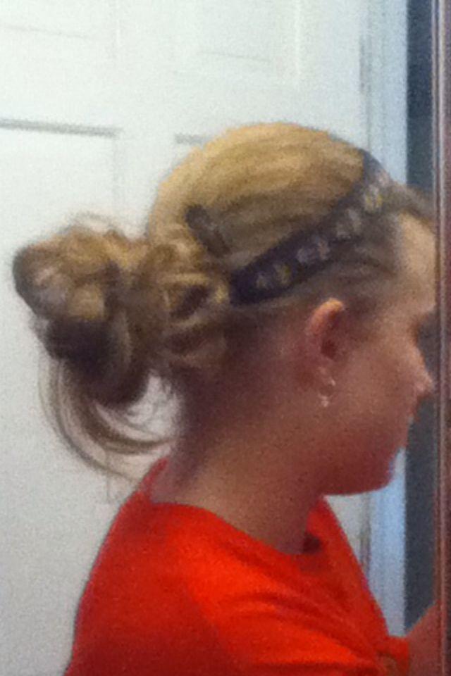 Easy messy bun for medium/long hair!! | Hairstyles | Pinterest