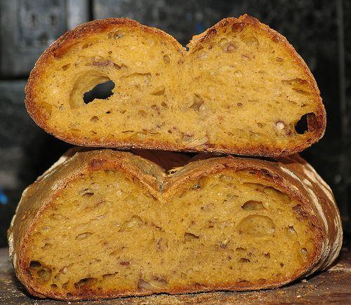 Vegan Sweet Potato Bread Yum... :) Read the full recipe below: http ...