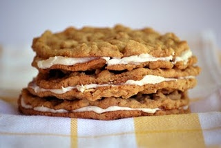 Oatmeal Sandwich Cookies with Cinnamon Cream Filling from Tiff @ This ...