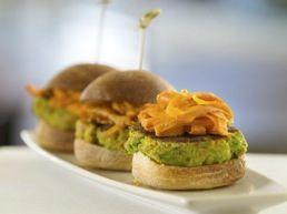 edamame burger - Low Carbon Meals - High in taste, Low in Emissions