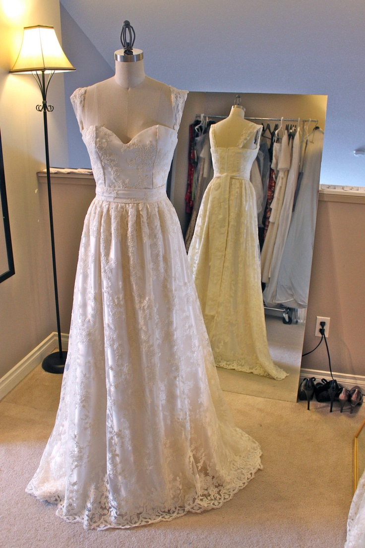 Pinterest discover and save creative ideas for Full sleeve lace wedding dress