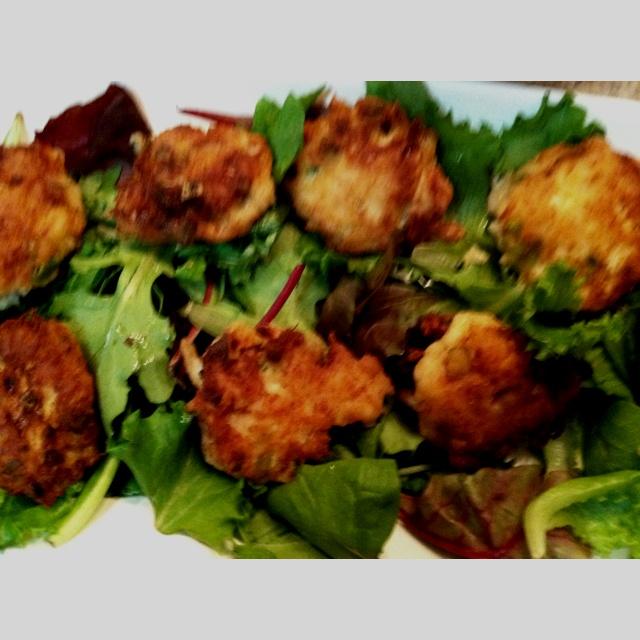 ... crab burger spicy crab cakes with horseradish mayo recipes dishmaps
