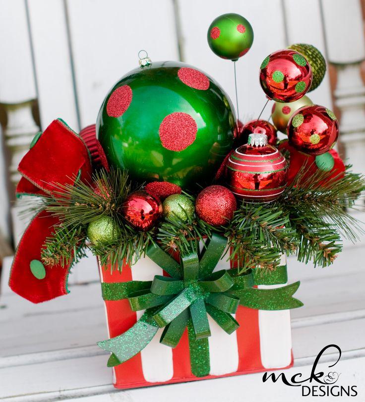 Fun centerpiece mckdesigns christmas pinterest