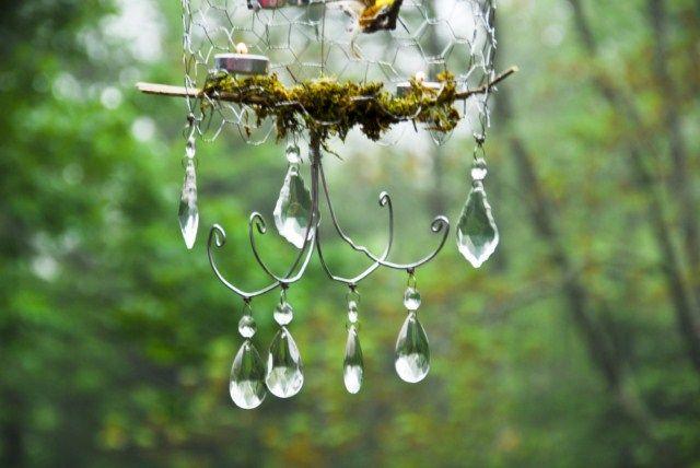 Diy chicken wire chandelier in the garden pinterest - Wire chandelier diy ...