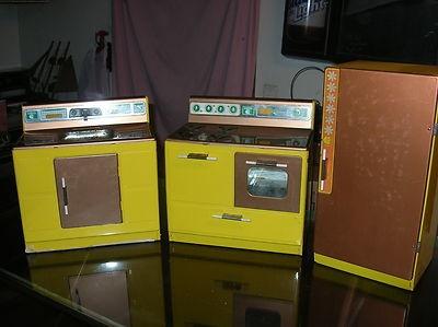 Vintage Gabriel Kitchen set Appliance Sink Stove