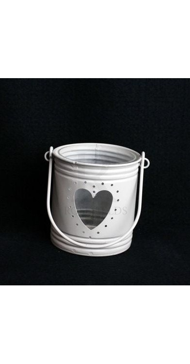 Candle Holder With Heart Cut Out 10 x 9 cm