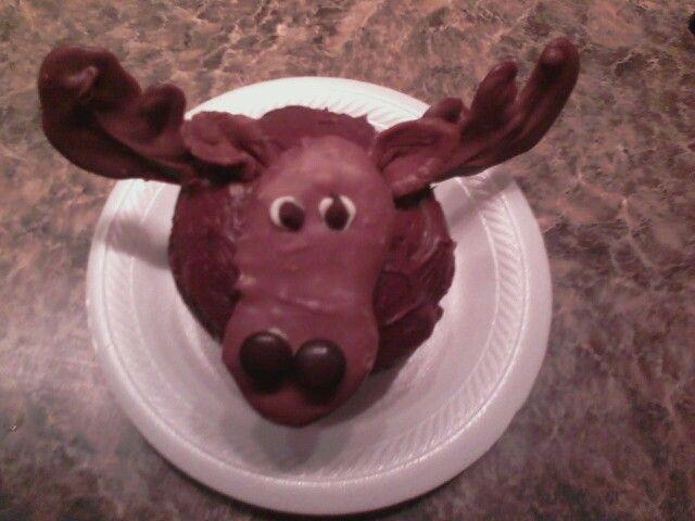 Moose+Cupcakes Moose cupcake. | moose | Pinterest