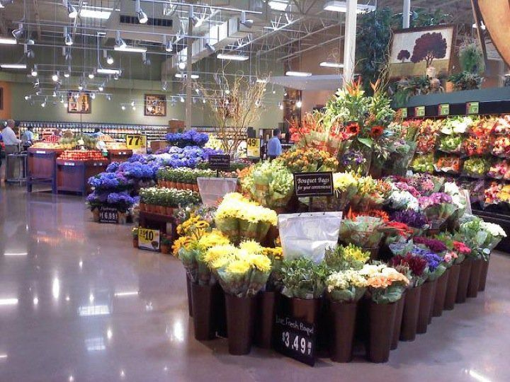 Near Your Home Check It Out For Inexpensive Wedding Flowers