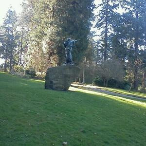 Sacajawea statue portland oregon going there doing for Garden statues portland oregon