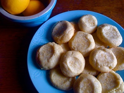 Lemon-Cornmeal Shortbread Cookies | tastee stuff | Pinterest