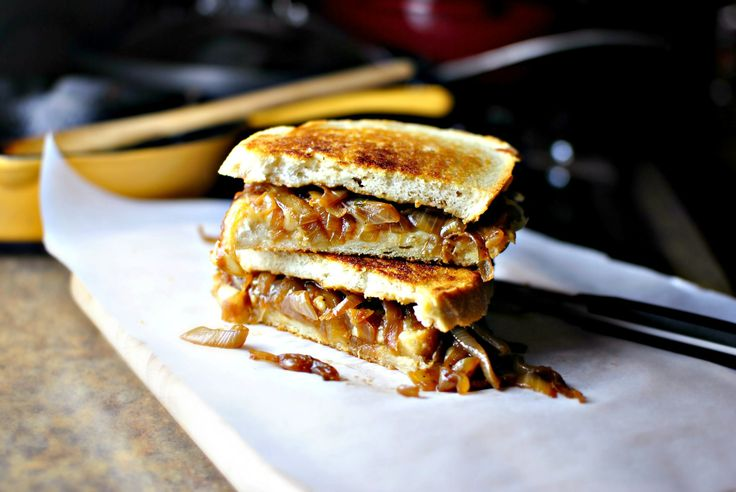 French Onion Soup Grilled Cheese Sandwiches | Recipe