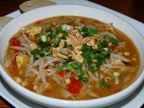 Pad Thai Soup | Lady Melady: My Castle, My Food | Pinterest