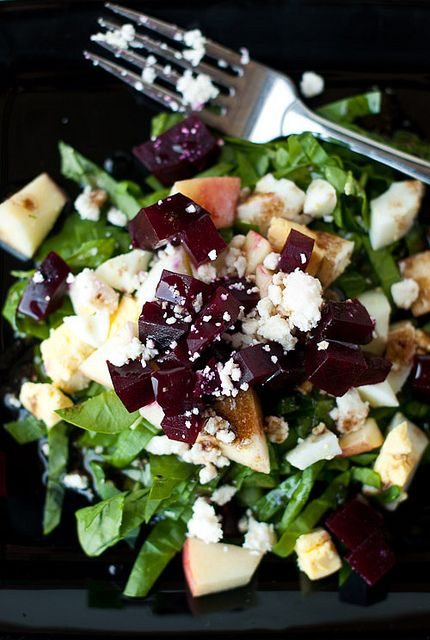 Beet and Goat Cheese Arugula Salad | mmmmm....;p | Pinterest