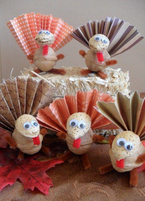 Thanksgiving Nut turkeys - Craft Ideas #thanksgiving #food #foods #pie #pies #cake #cakes #holiday #holidays #dinner #snacks #dessert #desserts #turkey #turkeys #comfortfood #yum #diy #party #great #partyideas #family #familytime #gmichaelsalon #indianapolis #fun #nut #crafts #unique #recipes www.gmichaelsalon.com