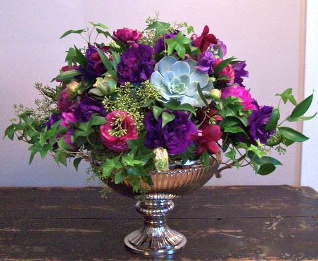 Fancy #purple #flowers in #urn