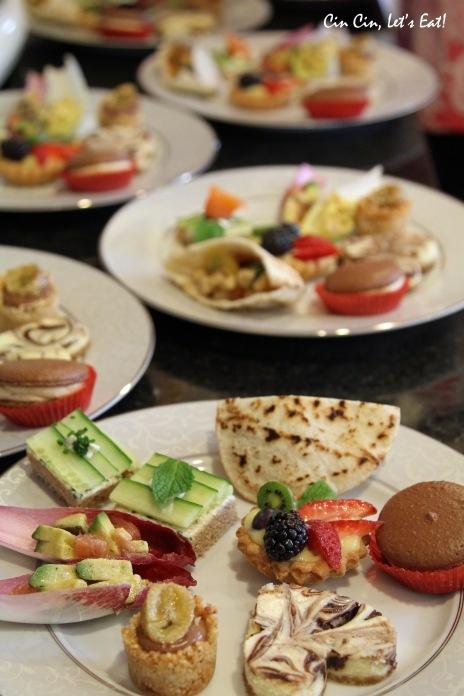 Mini Caprese Pita Sandwiches and more... | Party Ideas | Pinterest