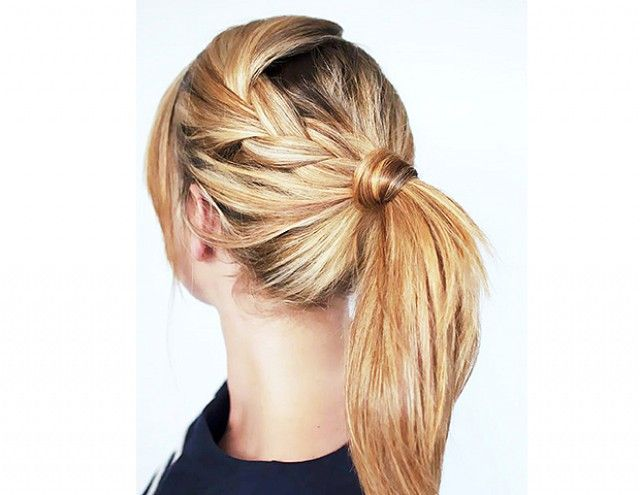 Stay-Put Hairstyles For Your Sweatiest Workouts via @byrdiebeauty
