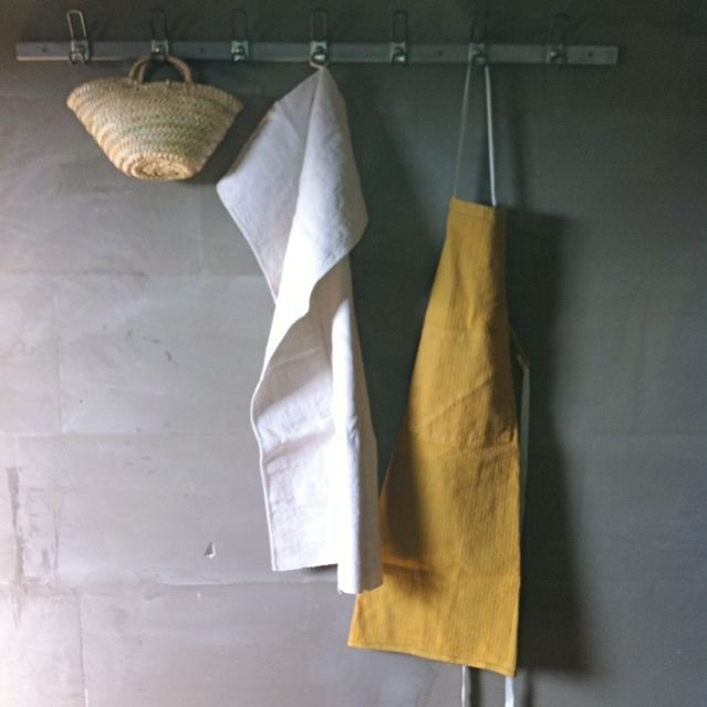 DIY Super Easy Lovely Apron - Christmas Gifts!