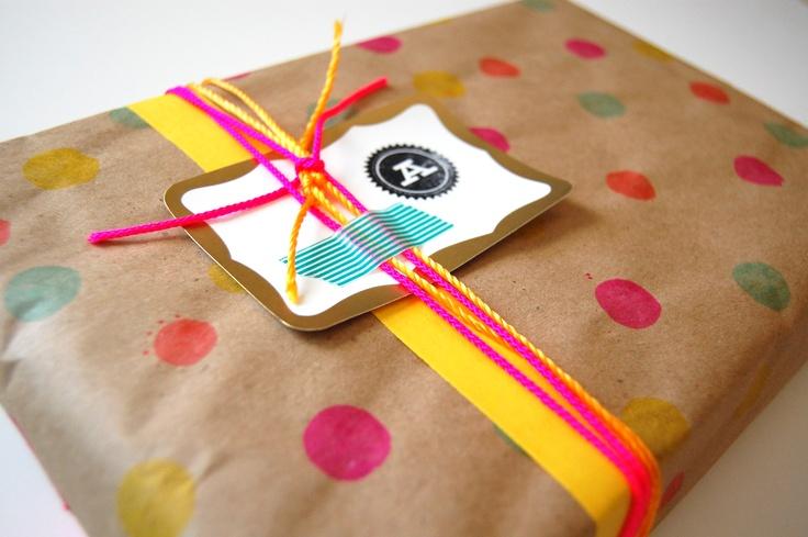 dot art packaging