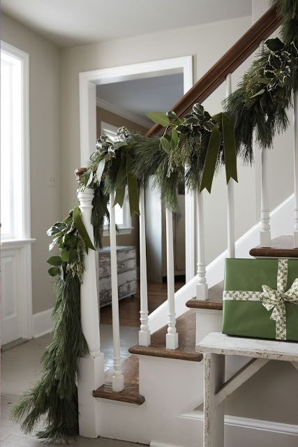 How to Hang Garland