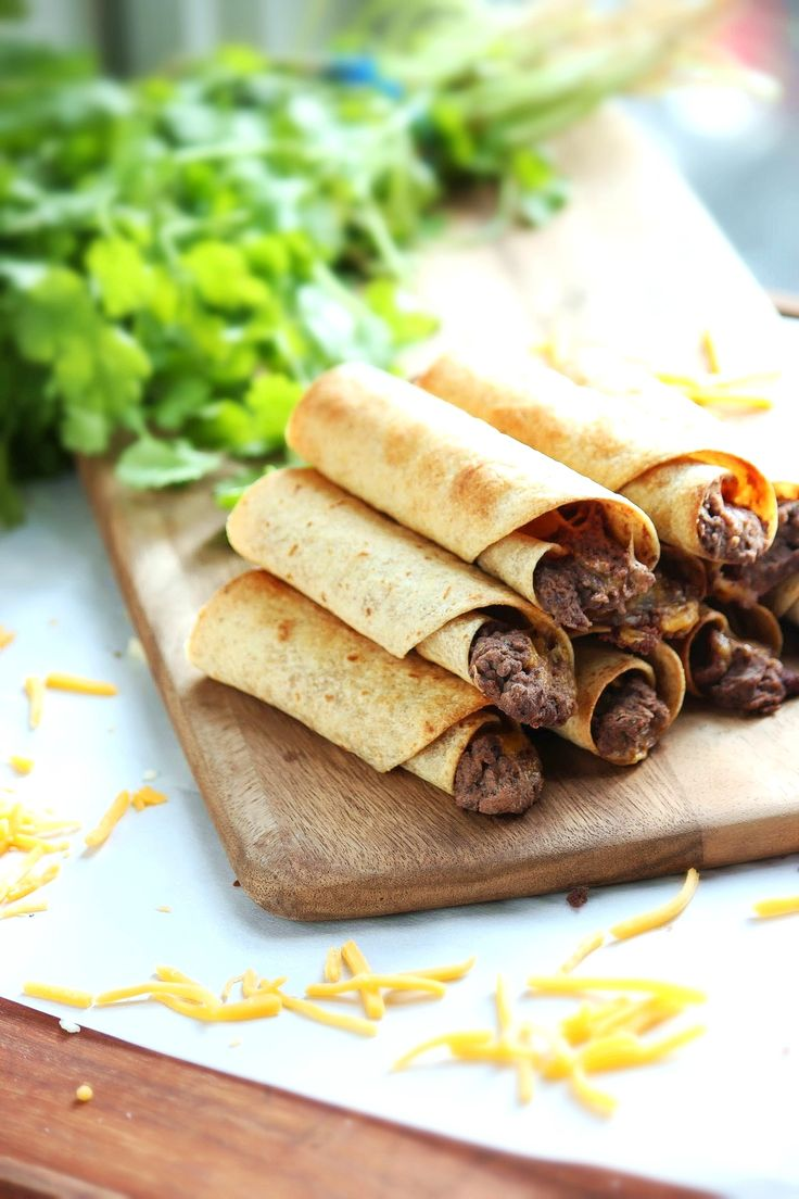 Baked Black Bean and Cheese Taquitos - ready in under 30 minutes and ...