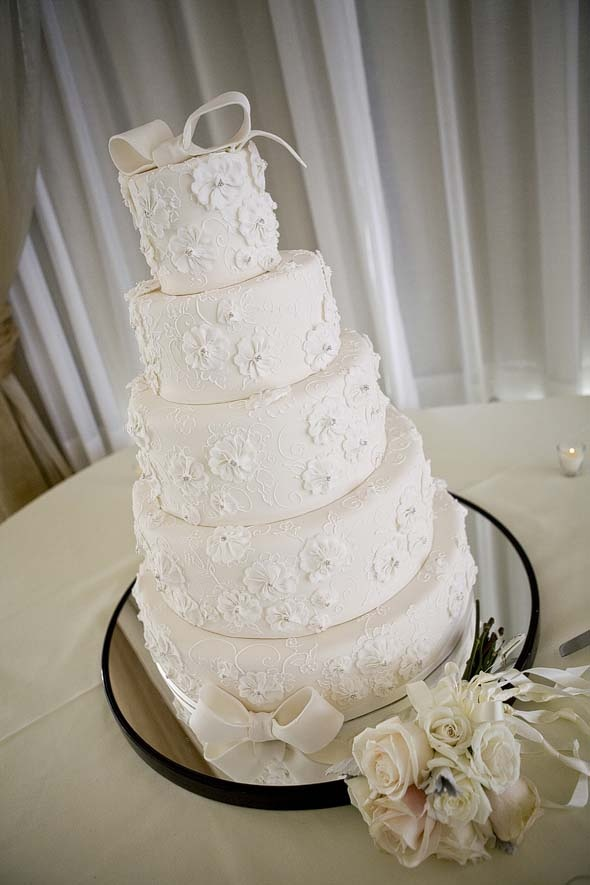 Wedding Cakes Worcester Ma Michelle Worcester MA Derek Fowles Photography North Hampton MA