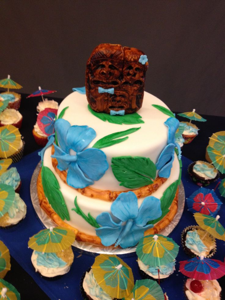 Luau Cake and Cupcakes