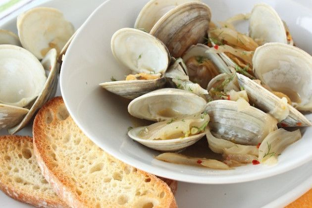 Clams and fennel. | For Rodene's Belly! | Pinterest