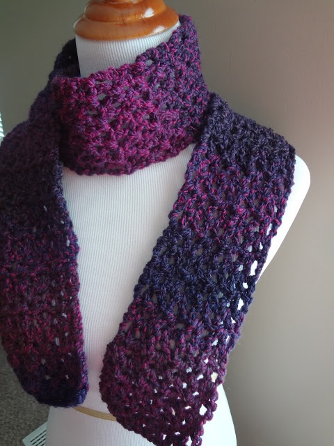 Beginners Crochet Patterns For Scarves : Free and Easy Crochet Scarf Patterns for Beginners