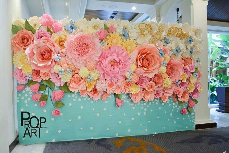 Бумажные цветы своими руками на стену и 23