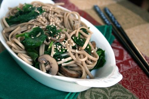 Soba noodles with spinach and mushrooms | Food + Drink | Pinterest