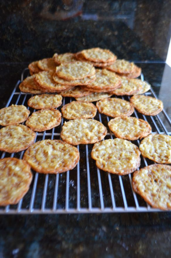 Thin crispy chewy coconut cookies | Me Want Cookieeees! | Pinterest