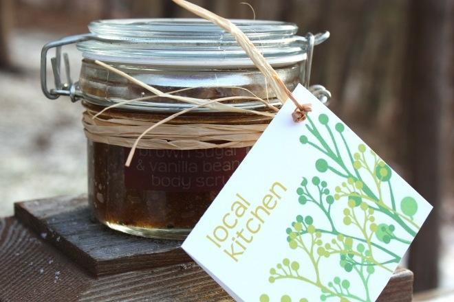 Brown Sugar & Vanilla Bean Scrub | Naturally Luscious | Pinterest