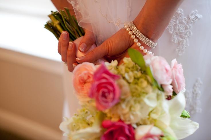 Bridal bouquet, bridal bouquet, bridal bouquet