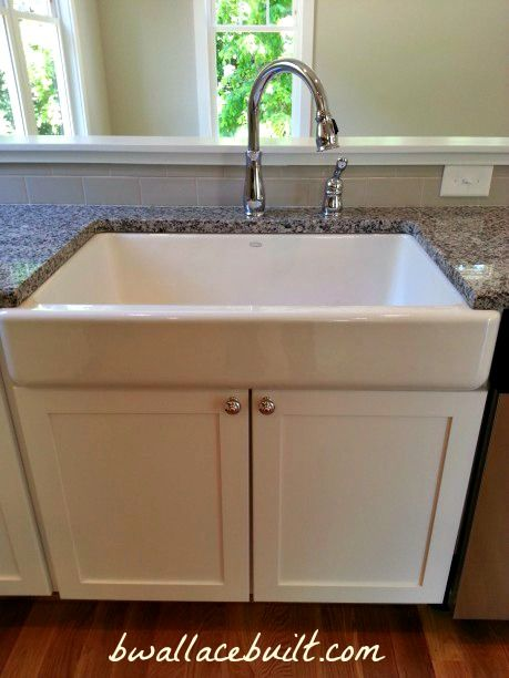 Apron Sink Cabinet : White cabinets with an apron-front sink. Home Sweet Home Pinterest
