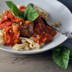 Fettuccine with Turkey Meatballs and Smoky Sauce for cold nights