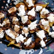 Grilled figs with goat cheese and balsamic